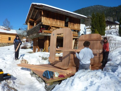 Sauna assembly in the mountains